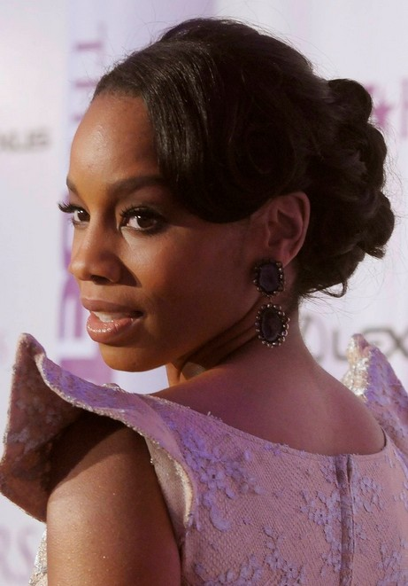 Anika Noni Rose Low Bun Updo for Prom