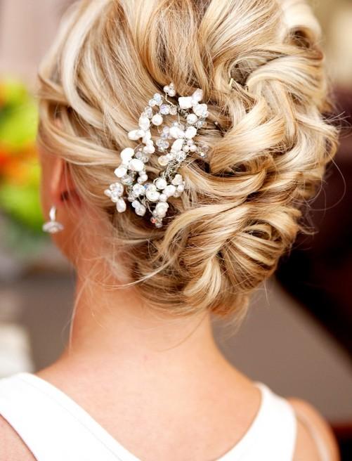 Astounding 20 Glamorous Wedding Updos 2017 Romantic Wedding Hairstyle Ideas Hairstyles For Women Draintrainus