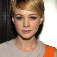 Chic Short Pixie Hair Style with Bangs - Carey Mulligan Hairstyles