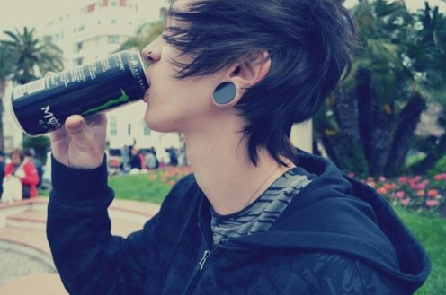 Emo Hairstyles For Trendy Guys Emo Guys Haircuts Pretty Designs