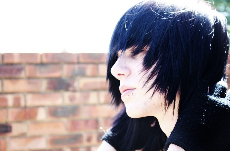 Stupendous Emo Hairstyles For Trendy Guys Emo Guys Haircuts Pretty Designs Hairstyles For Men Maxibearus