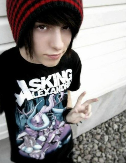 Cute Emo Hairstyles for Boys