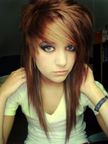 Cute Long Straight Emo Hairstyles for Girls