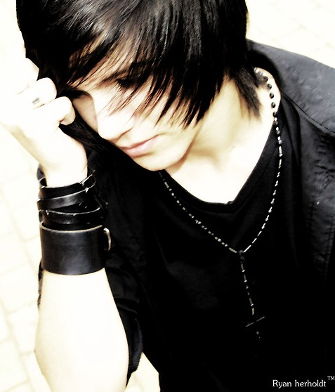 Tremendous Emo Hairstyles For Trendy Guys Emo Guys Haircuts Pretty Designs Hairstyle Inspiration Daily Dogsangcom