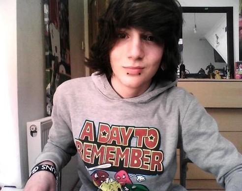 Emo Guys Haircuts