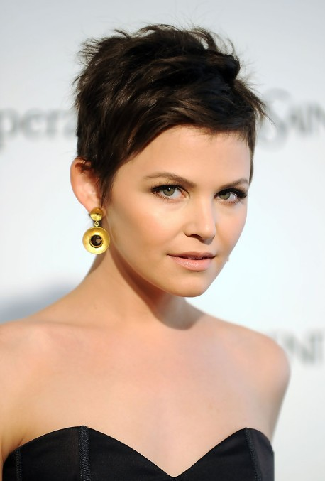 Simple easy daily hairstyles for short hair chic pixie haircut 2014
