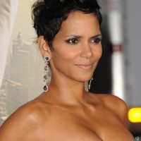 Halle Berry Spiked Short Pixie Hairstyle - Trendy Messy Short Haircuts 2014