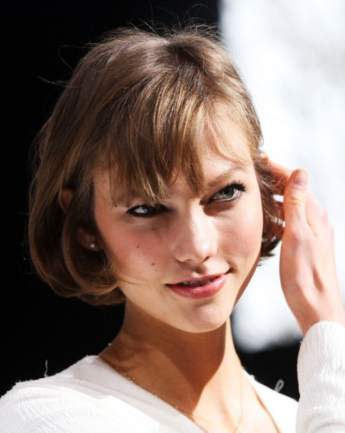 Karlie Kloss Short Cut with Bangs for Summer - Easy Short Haircut for Hot Days