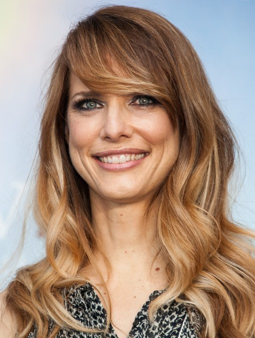 Lynn Shelton Pretty Long Curls with Side Swept Bangs - Popular Hairstyles