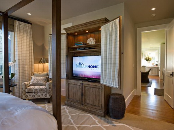 HGTV Dream Home Master Bedroom 598 x 449