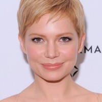 Cute Short Blonde Pixie Hairstyle with Side Swept Bangs - Michelle Williams Haircut