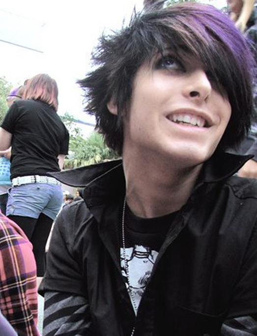 Amazing Emo Hairstyles For Trendy Guys Emo Guys Haircuts Pretty Designs Short Hairstyles For Black Women Fulllsitofus