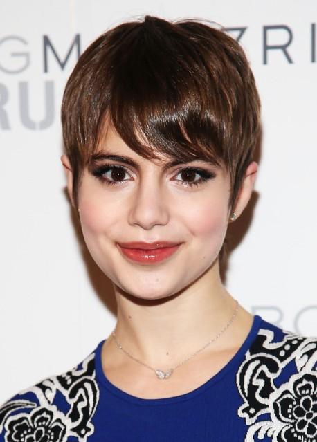 Sami Gayle Short Haircut   Sweet Pixie Cut With Side Swept Bangs
