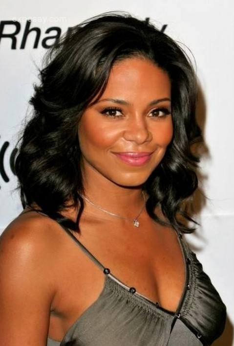 Sanaa Lathan Long Black Curly Hairstyle for Prom 2014