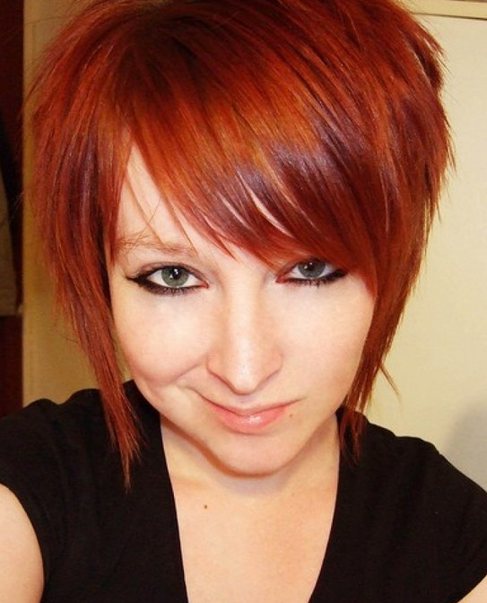2014 Short Red Hairstyle with Side Swept Bangs for Girls