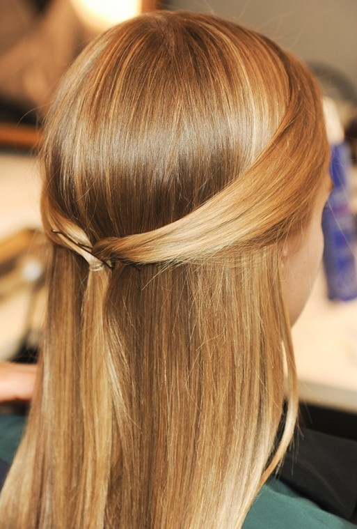 Cute Hairstyle for Girls - Super Sleek Ponytail and Updo for Summer