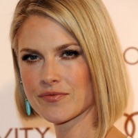 Angled Bob Hairstyle for Women - Ali Larter Blonde Straight Hairstyles