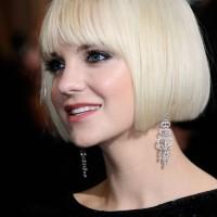 Anna Faris Short Blonde Blunt Bob Haircut - Short Straight Haircut for 2014