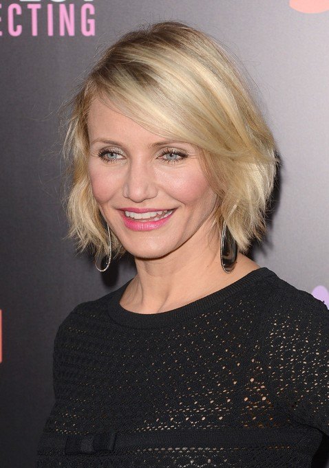Short Choppy Bob Hairstyle for Women Over 40 - Cameron Diaz Hairstyles