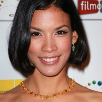 Cute Short Black Bob Hairstyle - Black Wavy Haircut for Women -Danay Garcia Hairstyles