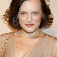 Bob Hairstyles for Oval Face Shapes - Elisabeth Moss Medium Wavy Hairstyle