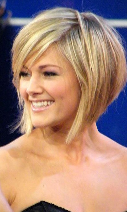 Helene Fischer Graduated Bob Haircut | Pretty Designs