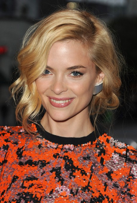 Super Chic Curly Bob Hairstyle with Bangs – Jaime King Hairstyles ...