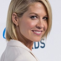 Jenna Elfman Short Sleek Sophisticated Bob - Perfect Short Haircut for Job Interview