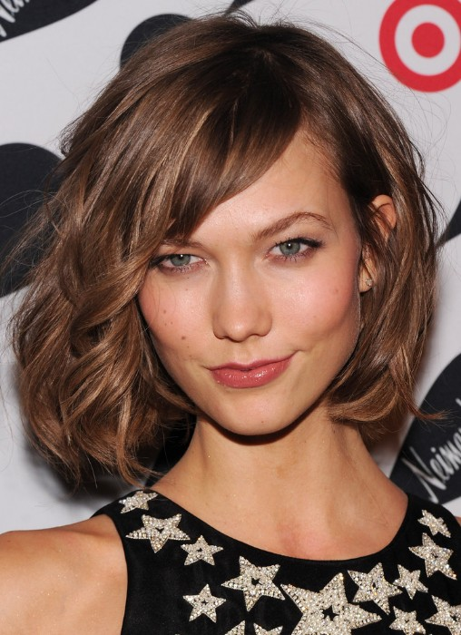 Terrific Karlie Kloss Wild Soft Curly Mussy Bob Hairstyle With Long Side Short Hairstyles For Black Women Fulllsitofus