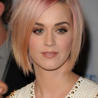 Short Haircut for 2014: Katy Perry's Pink Haircut - Short Straight Bob Hairstyle