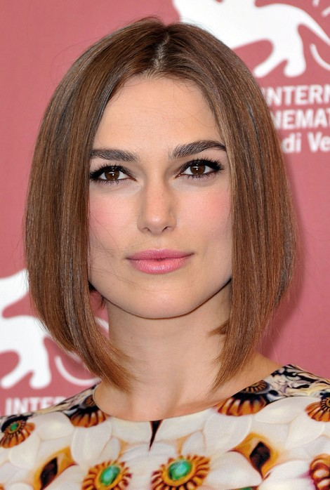 A Line Bob Hairstyle - Center Parted Straight Bob Hairstyle for Square Face Shapes