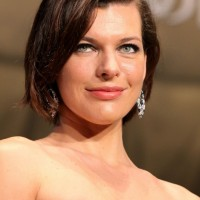 Side Parted Wavy Bob Haircut for Oval Face Shapes - Milla Jovovich Hairstyles