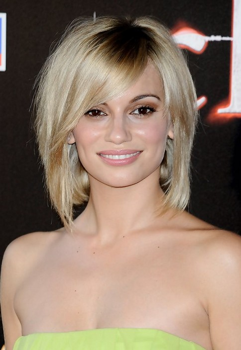 Short Blonde Bob Hairstyles With Fringe - HairStyles