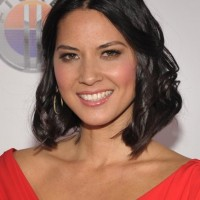 Medium Black Wavy Bob Hairstyle for Women - Olivia Munn Hairstyles