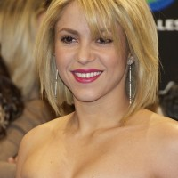 Layered Bob Hairstyle with Side Swept Bangs - Shakira Hairstyles 2014