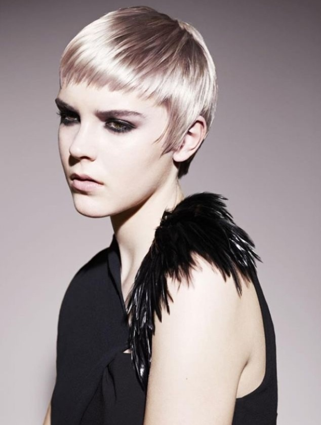 10 Eye Catching Short Haircuts Pretty Designs