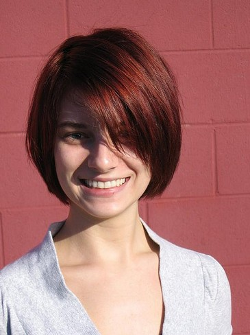 Pleasant Short Haircuts With Bangs Side Swept Choppy Amp Straight Across Short Hairstyles Gunalazisus