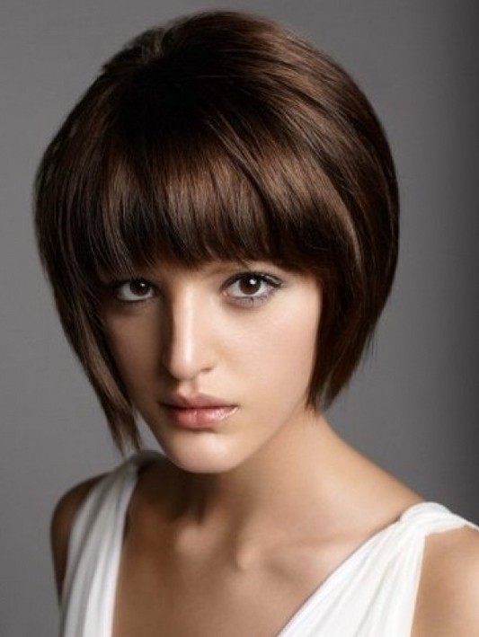 Remarkable Short Haircuts With Bangs Side Swept Choppy Amp Straight Across Short Hairstyles Gunalazisus
