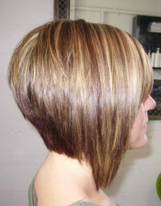 Short Bob Hairstyle With Stacked Layers Side View Pictures to pin on ...