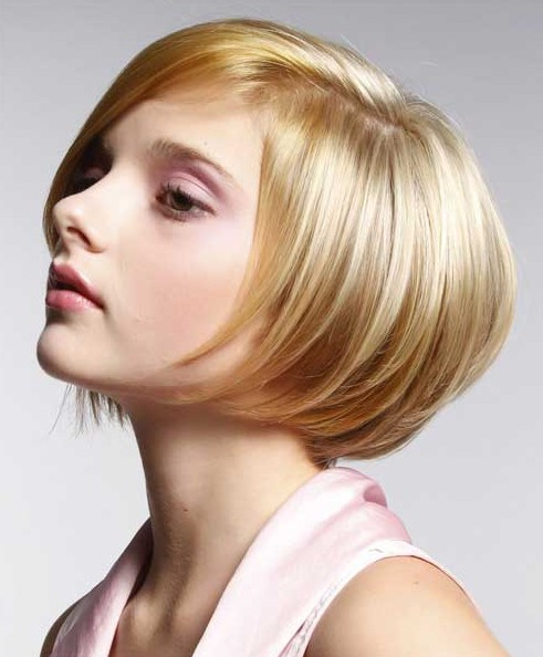Short Straight Hairstyles for Women - Stacked Bob Hairstyle 2014