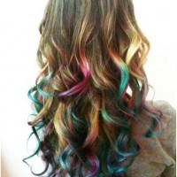 Wavy Ombre Hair -Trendy Long Hairstyle