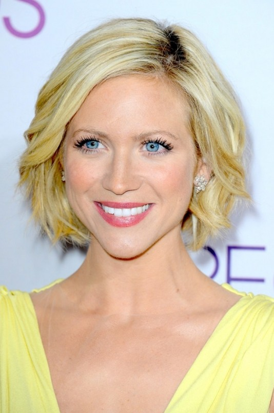 2014 Short Wavy Haircuts for Women