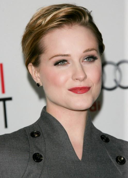 2014 Very Short Haircut for Women: Elegant Highlighted Short Haircut