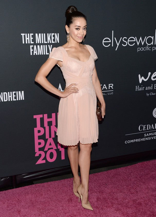 Aimee Garcia: Pink Cocktail Dress with Cap Sleeves and Pleated Skirt