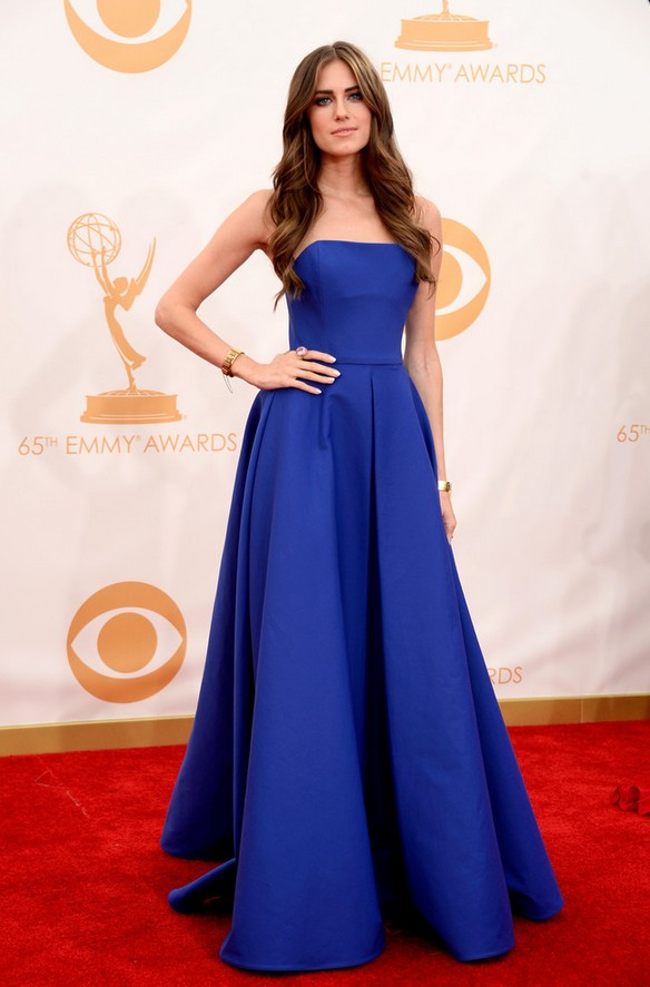 Allison Williams: Blue Ralph Lauren Strapless Dress