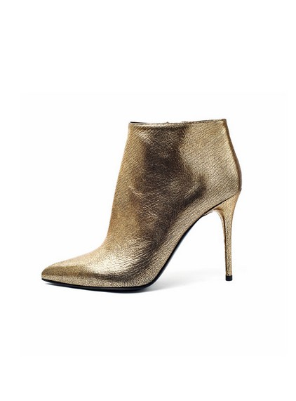 Botties for Fall 2013 By Alexander McQueen in Gold