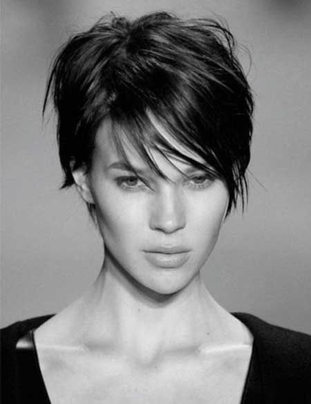 Casual Chopped Wispy Short Brunette Hairstyle