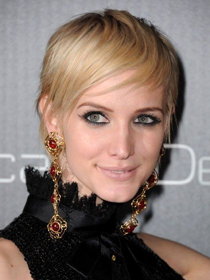 Casual Wispy Short Blond Hairstyle