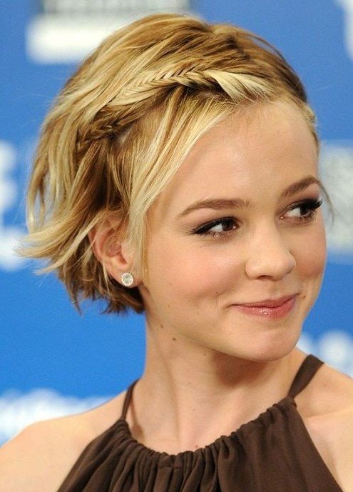 Celebrity Short Hairstyles Chic Blonde Hair With Braid For Summer