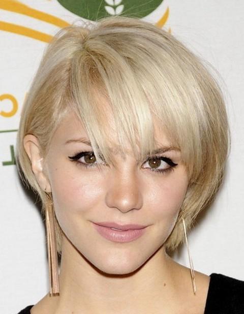Cute Short Blonde Hairstyle for Thin Hair